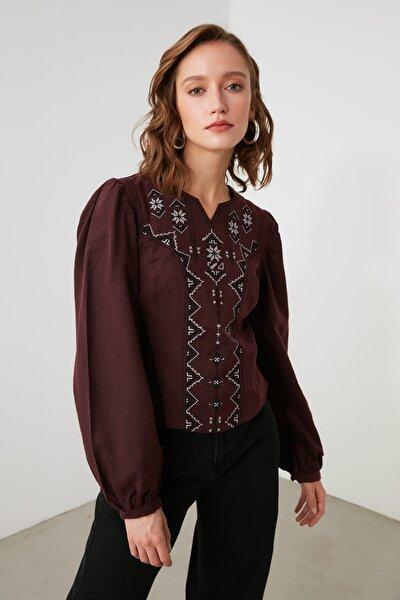 Bordo Nakışlı Bluz TWOAW21BZ0697