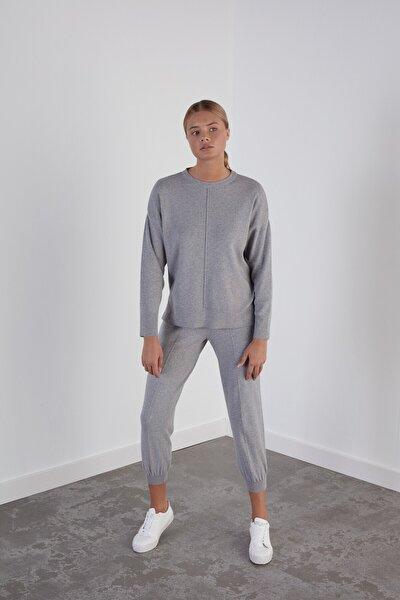 Kadın Gri Beli ve Paçası Lastikli Cepli Triko Pantolon
