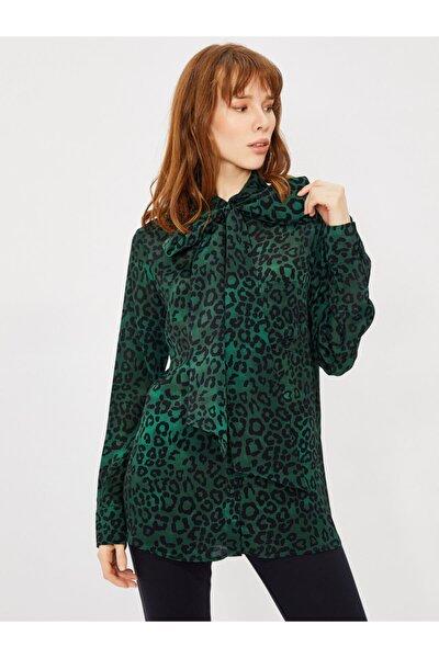 Kadın Yeşil Yakası Bağlamalı Leopar Desen Gömlek