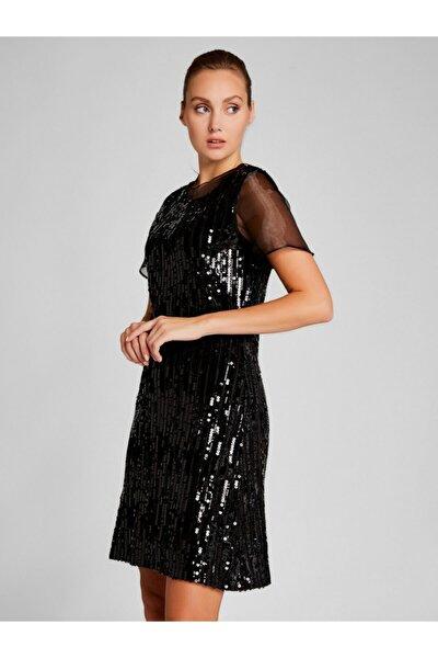 Kadın Siyah Organze Detaylı Pul Payetli Elbise