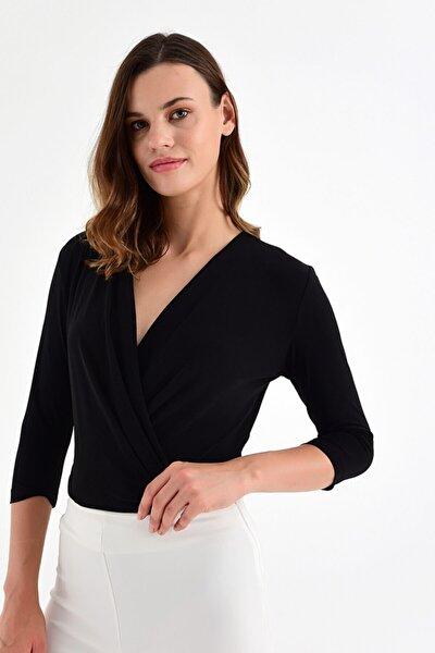 Kadın Siyah Alttan Çıtçıtlı Kruvaze Bluz