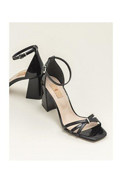 Siyah Kadın Sandalet ARNELLE