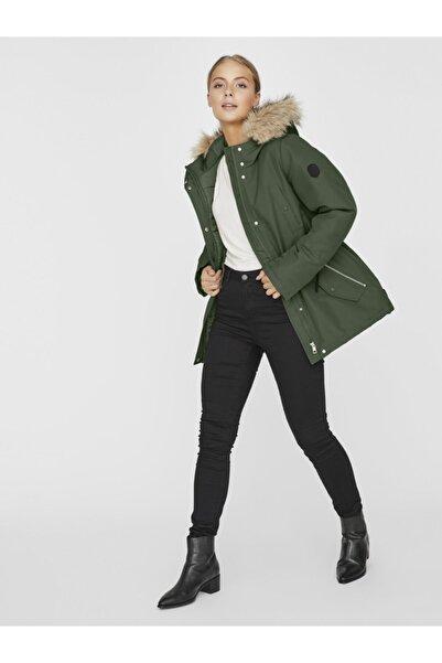 Kadın Yeşil Belden Büzülebilir Kapüşonu Kürklü Mont 10230808 VMEXPEDITIONHIKE