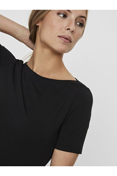 Kadın Siyah Geniş Yakalı Kısa Kollu Tencel T-Shirt 10231755 VMPANDA