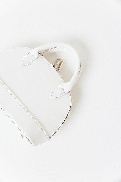 Kadın Beyaz Mini D Model El Çantası