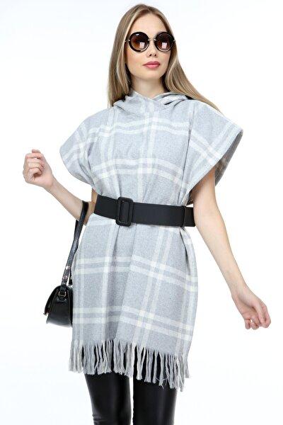 Kadın Gri Beyaz Kapüşonlu Panço Elbise