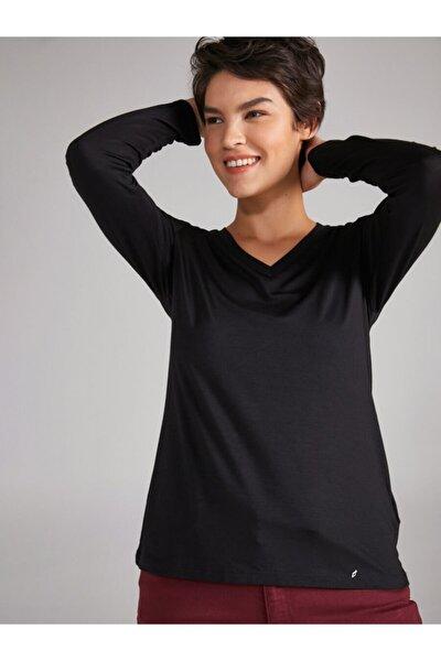 Kadın Siyah V Yaka Uzun Kol T-shirt
