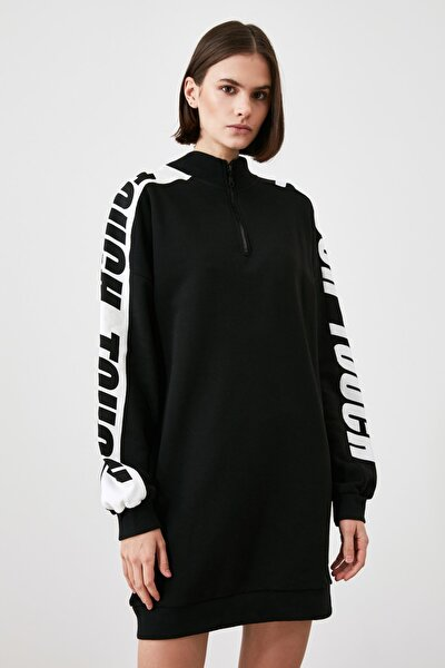 Siyah Kolları Baskılı Dik Yaka Örme Elbise TWOAW21EL2515