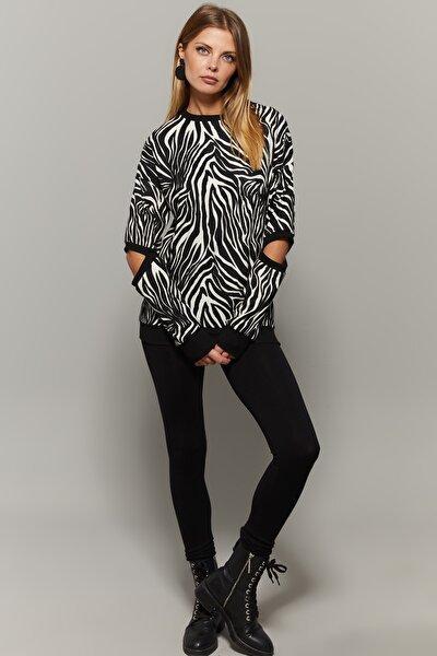 Kadın Ekru-Siyah Zebra Desenli Kol Detaylı Bluz EY1140
