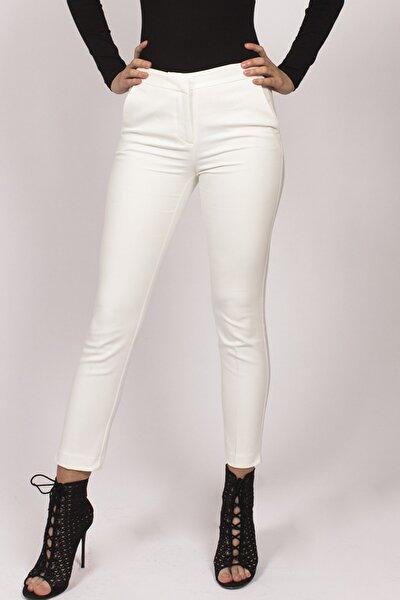 Kadın Beyaz Beli Lastikli Kumaş Pantolon