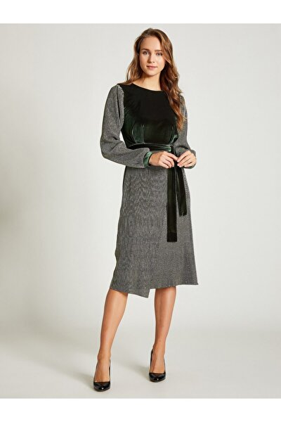 Kadın Gold Kayık Yaka Kadife Simli Elbise 9209-0024