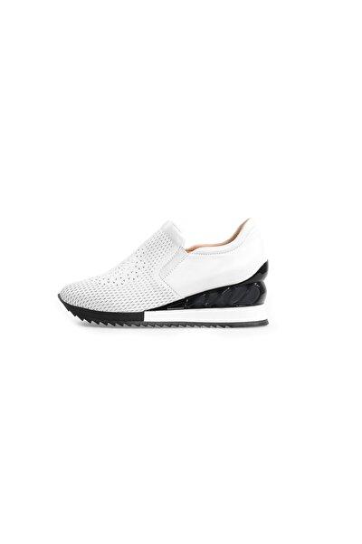 Kadın Beyaz Taban Detaylı Spor Ayakkabı