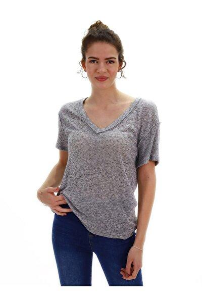 Kadın Gri Kırçıllı V Yaka T-shirt