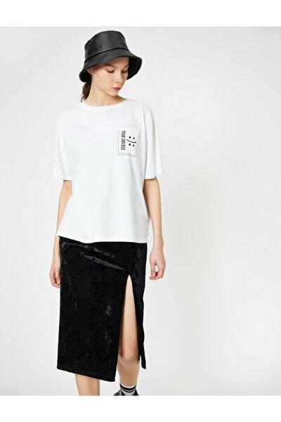 Kadın Ekru Cep Detayli T-shirt 0YAL18065OK