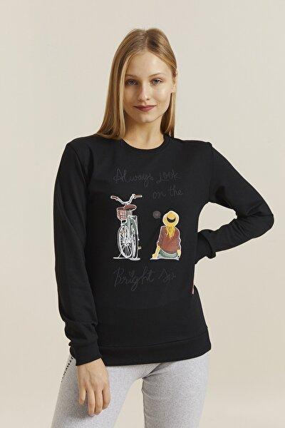 Kadın Siyah Baskılı Sweatshirt 19710
