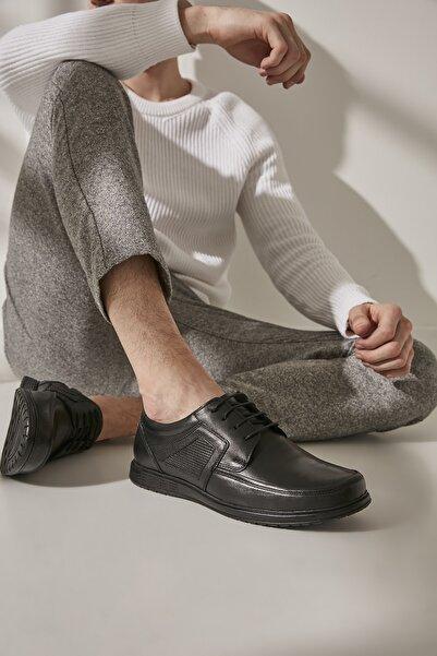 Hakiki Deri Siyah Erkek Casual Ayakkabı 02AYY194990A100