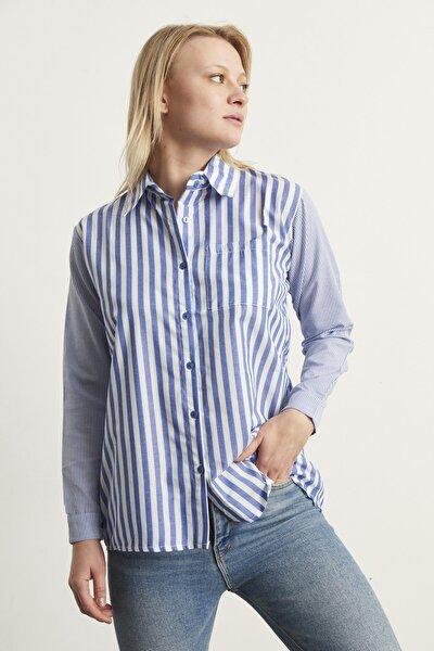 Kadın Mavi Çizgili Gömlek