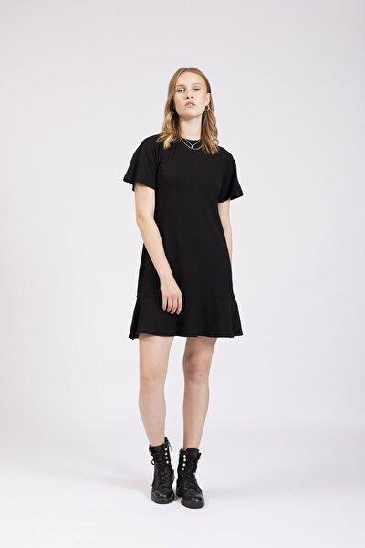 Kadın Siyah Reglan Kollu Eteği Volanlı Örme Elbise
