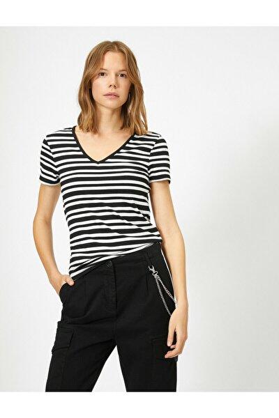 Kadın Beyaz Çizgili T-Shirt 0KAK13401YK