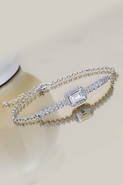 Kadın Beyaz Pırlanta Modeli Baget Taşlı Gümüş Bileklik