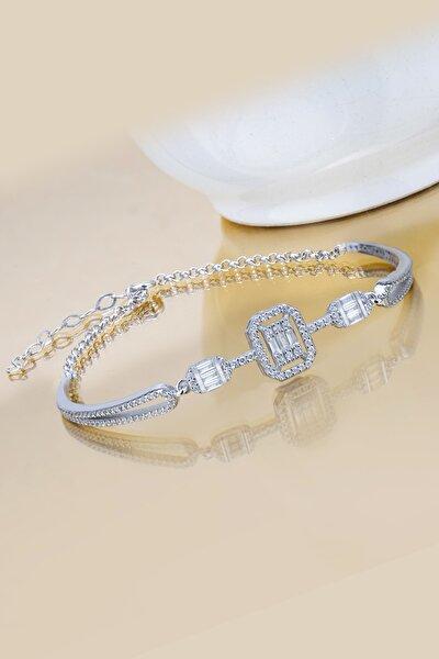 Kadın Beyaz Tria Baget Taşlı Kelepçe Modeli 925 Ayar Gümüş Bileklik
