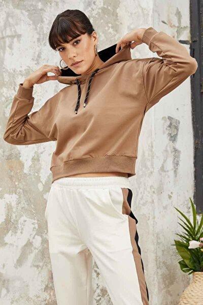 Kadın  Kahverengi Klasik Kapüşonlu Sweatshirt