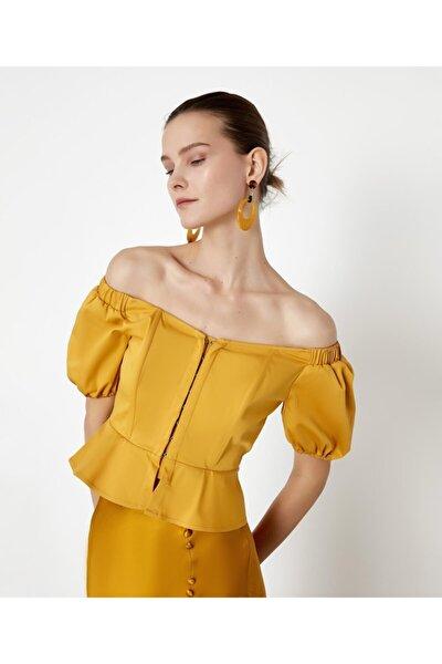 Kadın Sarı Düşük Omuzlu Crop Bluz