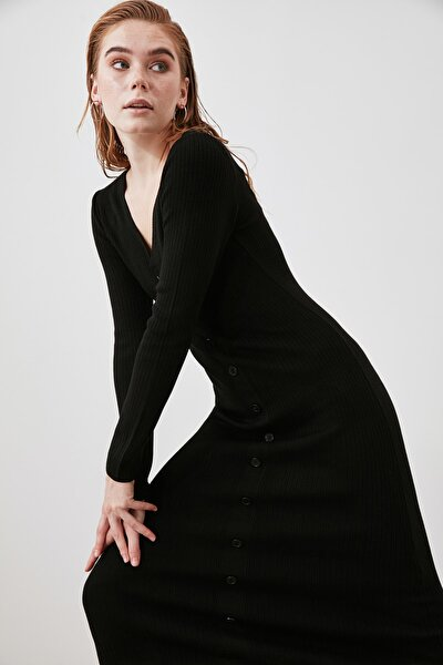 Siyah Düğmeli Triko Elbise TWOAW21EL2353