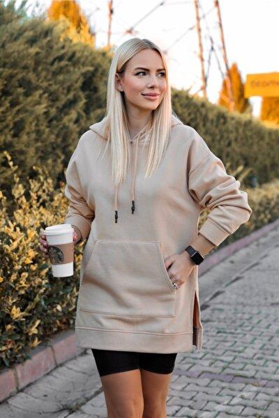 Kadın Bej Nude Yan Yırtmaçlı Cepli Kapüşonlu Sweatshirt