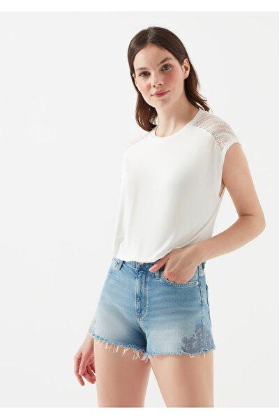 Kadın Dantel Detayli Beyaz T-Shirt