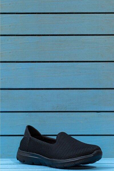 Kadın Siyah Ortopedik Spor Ayakkabısı