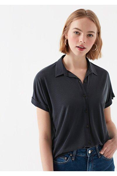 Düğmeli Siyah Modal Tişört