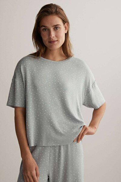 Kadın Gri Yıldız Desenli Kısa T-Shirt