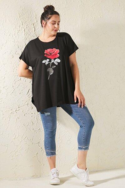 Kadın Siyah Büyük Beden Salaş Gül Baskılı T-Shirt