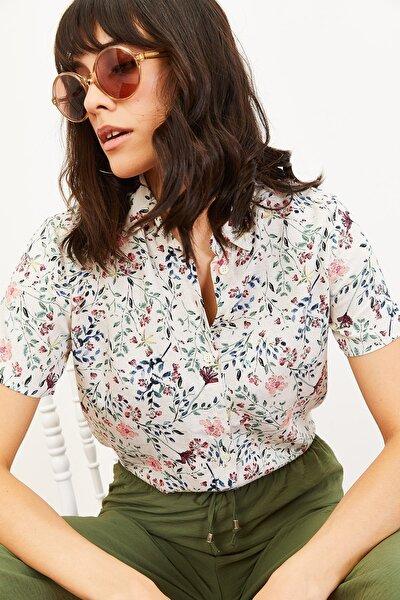 Kadın Çiçek Desen Kısa Kollu Keten Görünümlü Gömlek Pembe 10061001