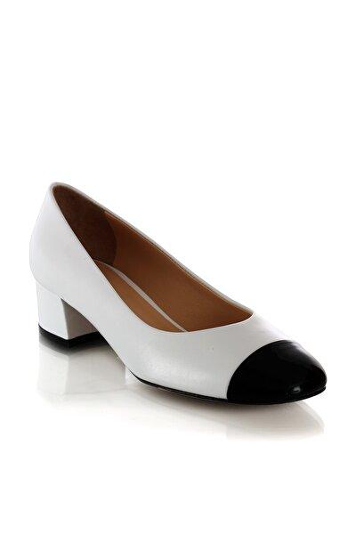 Beyaz Dolgu Topuklu Kadın Ayakkabısı