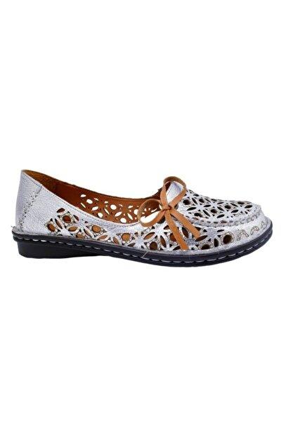 Lazer Kesim Deri Kadın Günlük Babet Ayakkabı