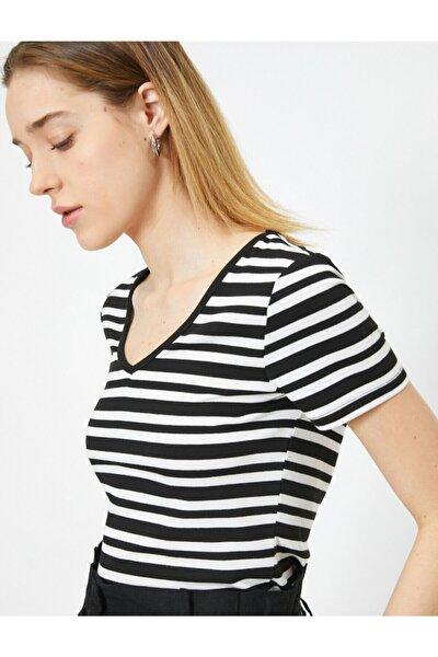 Kadın Çizgili T-shirt 0YAK13401YK