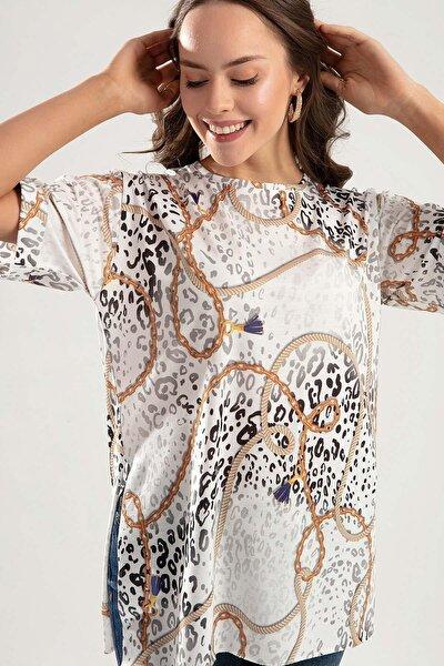 Kadın Beyaz Zincir Ve Halat Baskılı Duble Kol Yanı Yırtmaçlı Tişört PTTY20S-4230