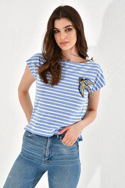 Çizgili Kuş Işlemeli Kısa Kollu Tshirt