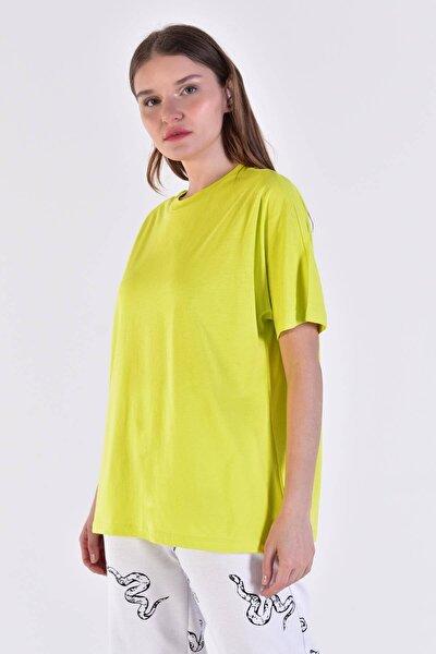 Kadın Fıstık Yeşil Oversize Basic Tişört P0730 - C6 ADX-0000020569