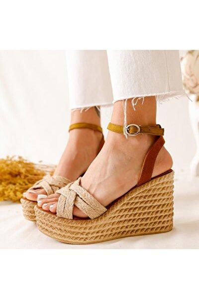 Kadın Ashlynn  Süet Hasır Bantlı Dolgu Topuklu Ayakkabı
