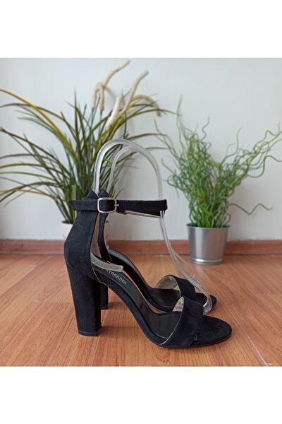 Kadın Siyah Süet Kalın Topuk Tek Bantlı Ayakkabı
