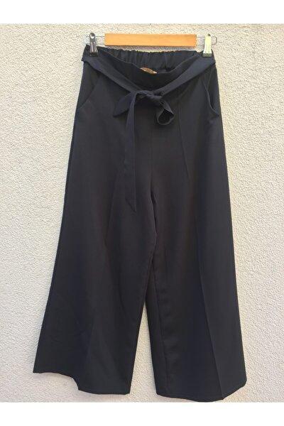 Siyah Arkası Lastikli Bol Paça Bilek Boy Pantolon