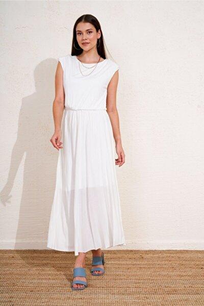 Kadın Ekru Pliseli Vatkalı Uzun Elbise