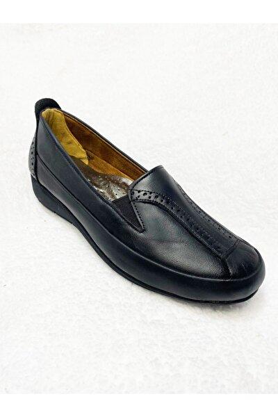 Kadın Siyah Ayakkabısı