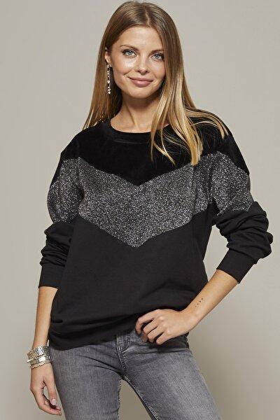 Kadın Siyah Kadife Detaylı Simli Sweatshirt MF543