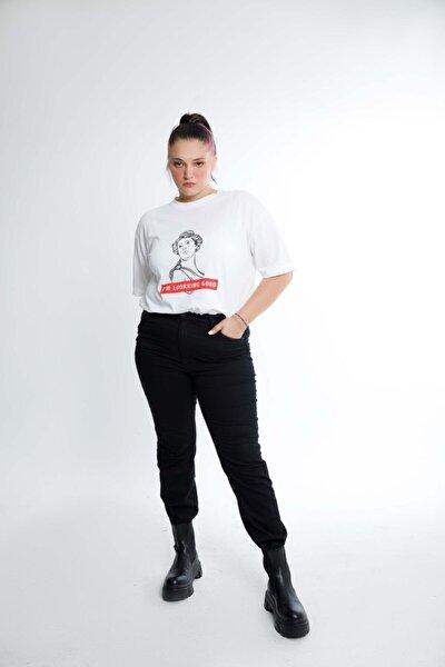 Pako Düşük Omuzlu Önü Baskılı Kadın T-shirt Beyaz
