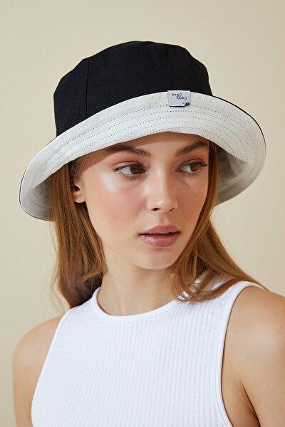 Kadın Siyah Beyaz Çift Taraflı Bucket Şapka