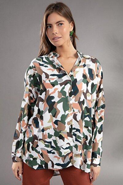 Kadın Beyaz Desenli Yarasa Kollu Oversize Gömlek